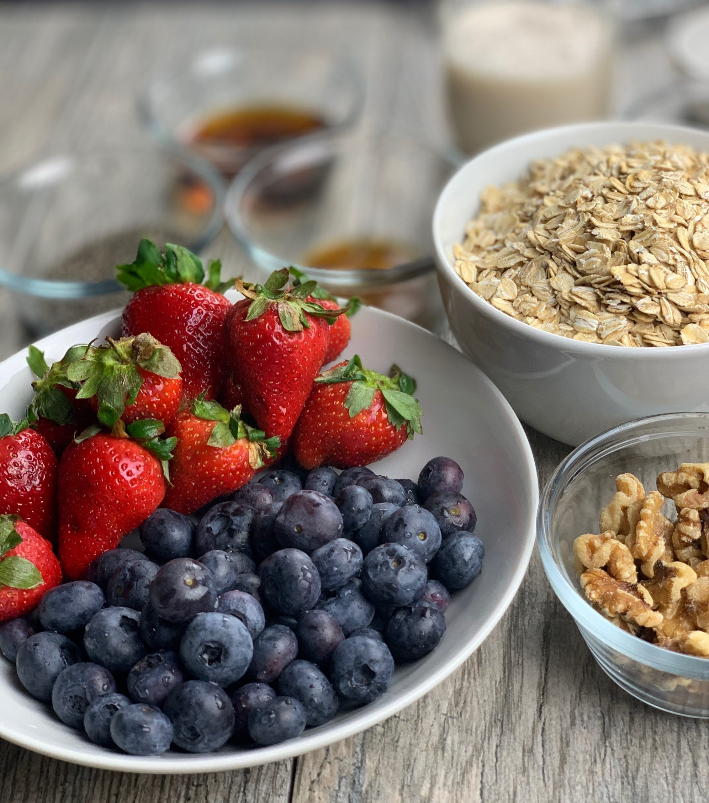 Ingredients Oatmeal Berry Bake for Breakfast