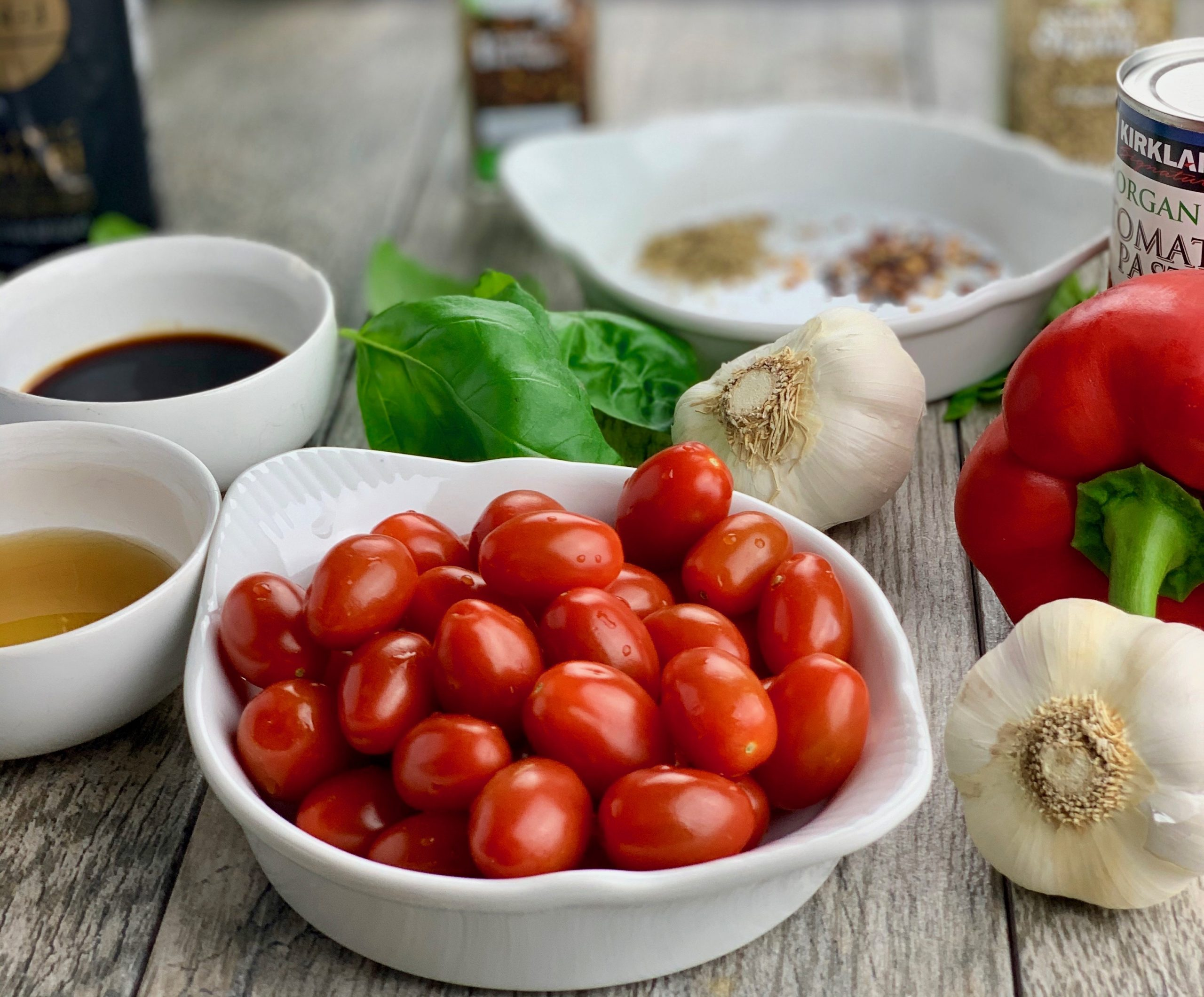 Ingredients for Quick Tomato Basil Sauce